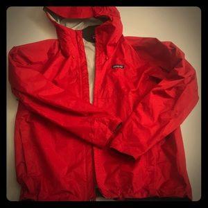 Patagonia rain jacket men's Med worn once like new